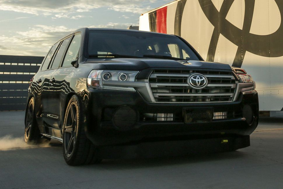 The Toyota Land Cruiser Has Broken The Land Speed Record