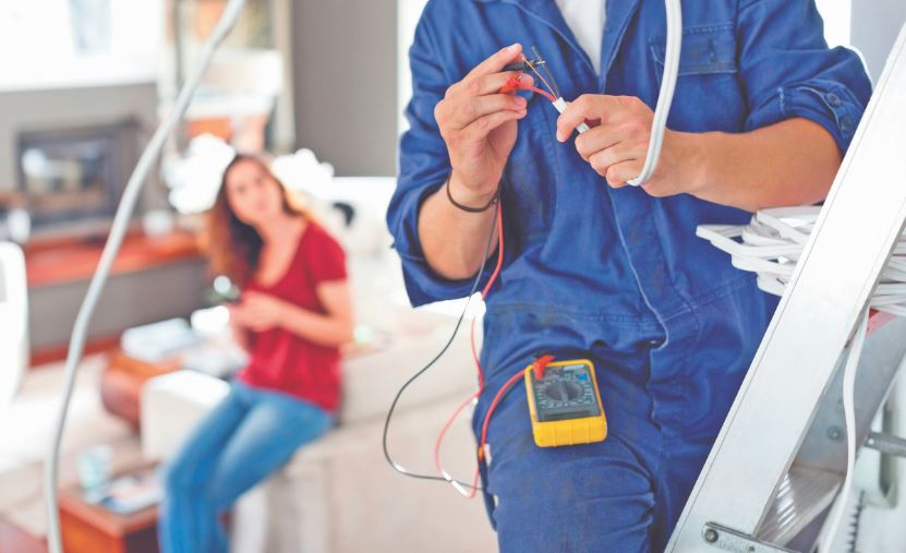 When and How to Hire Commercial Electricians